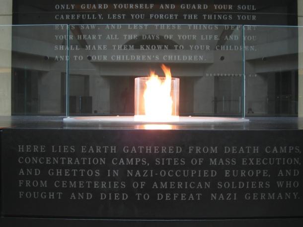 Washington-DC_Holocaust-Museum-302534882_53daf0b078_b